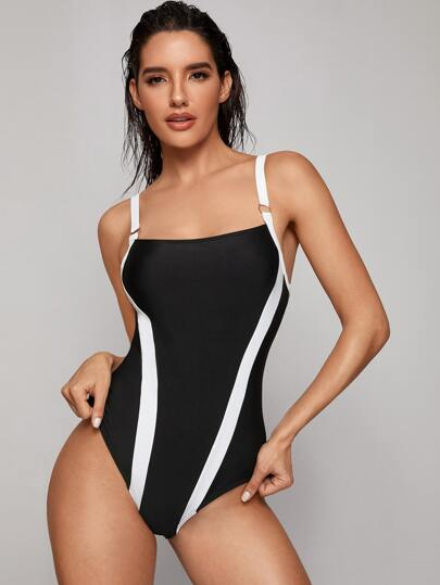 Ring Linked One Piece Swimsuit