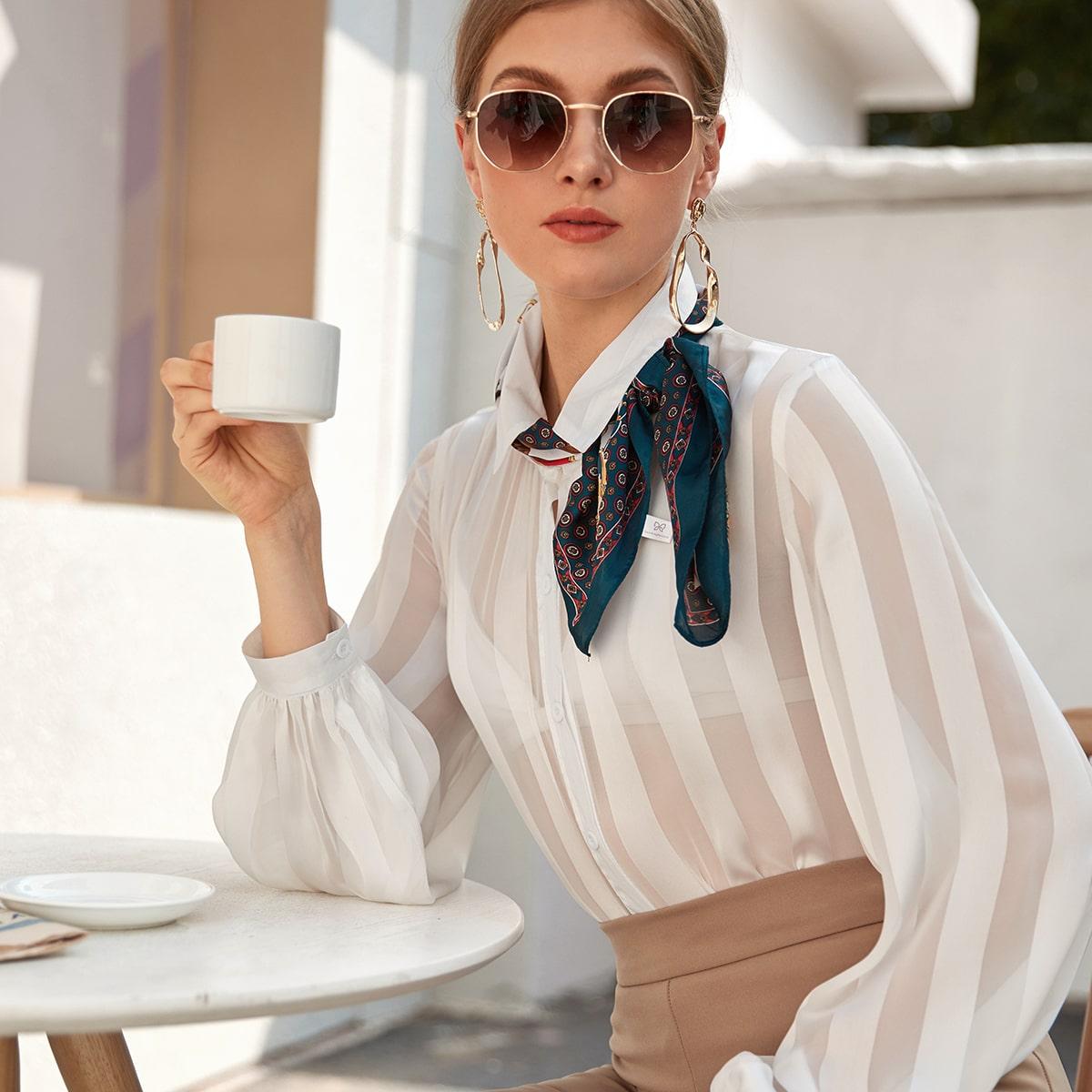 Прозрачная блуза с пуговицами