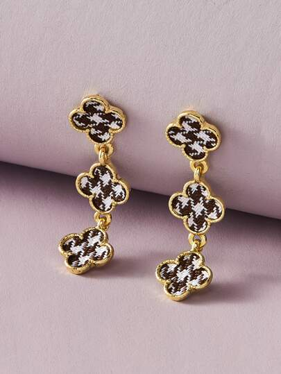1pair Houndstooth Pattern Clover Drop Earrings