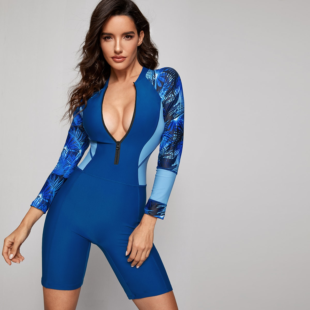 Tropical – Einteilige Badebekleidung mit Reißverschluss vorn und langen Ärmeln