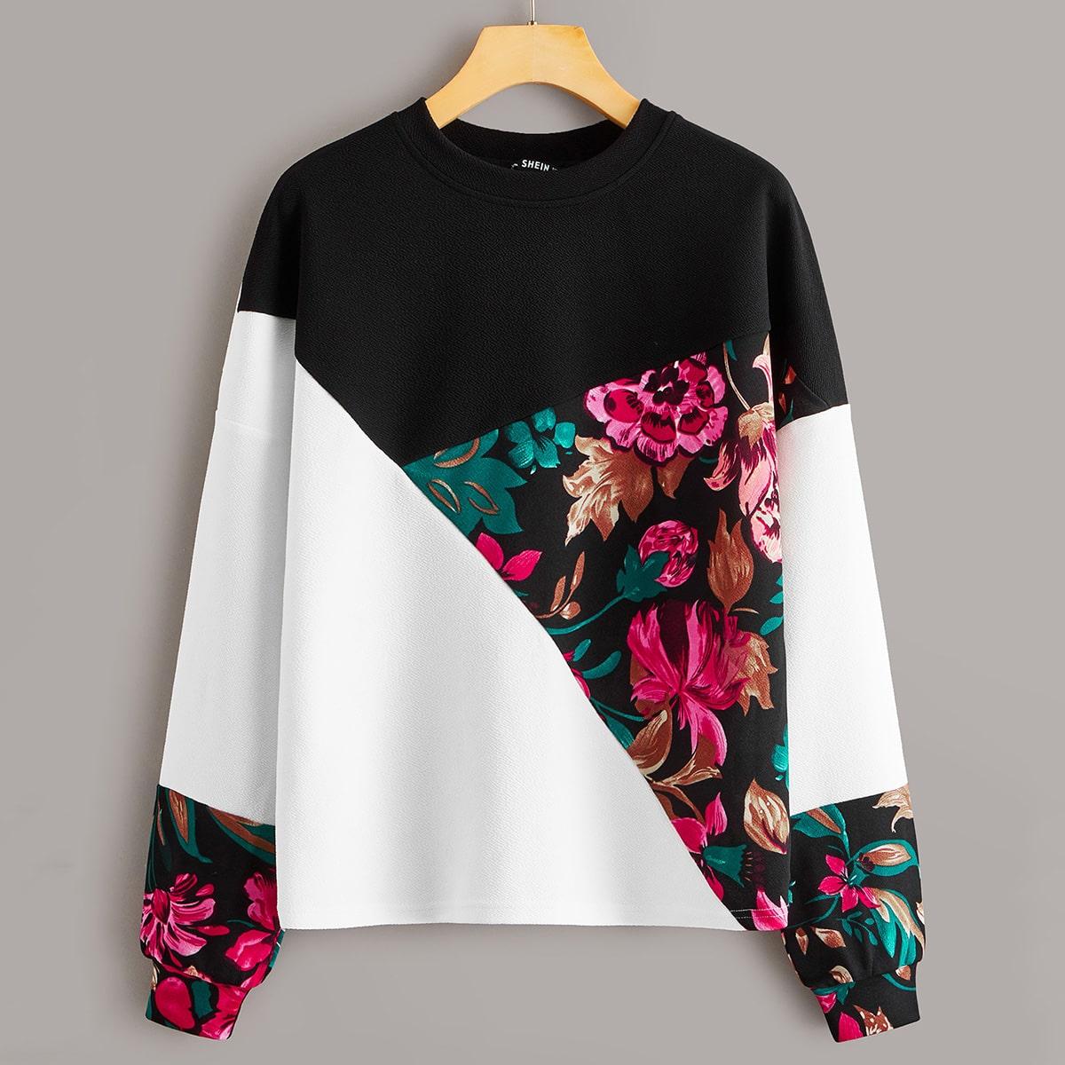 Контрастный пуловер с цветочным принтом