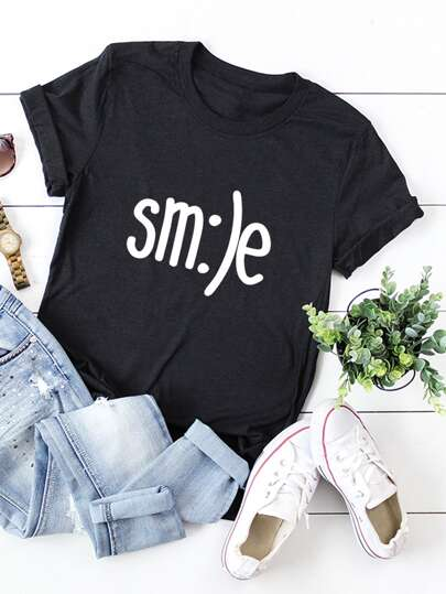 Smile Graphic And Letter Print Tee