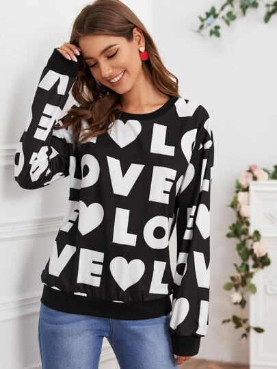 Heart And Letter Graphic Sweatshirt