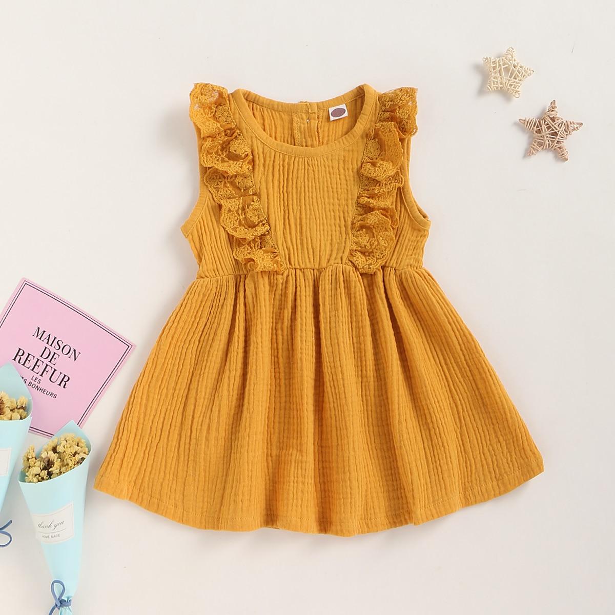 Платье с пуговицами и оборками для девочек от SHEIN
