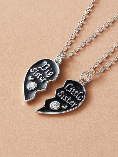 2pcs Rhinestone Engraved Heart Charm Necklace