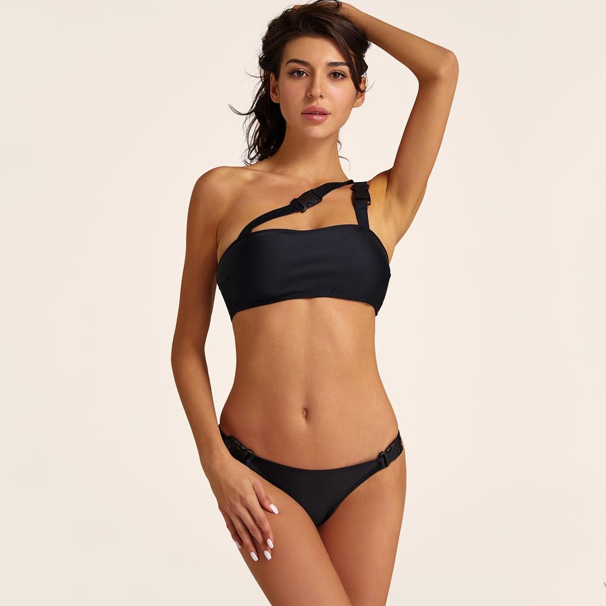 Bikini Set mit Schnalle und einer Schulter frei