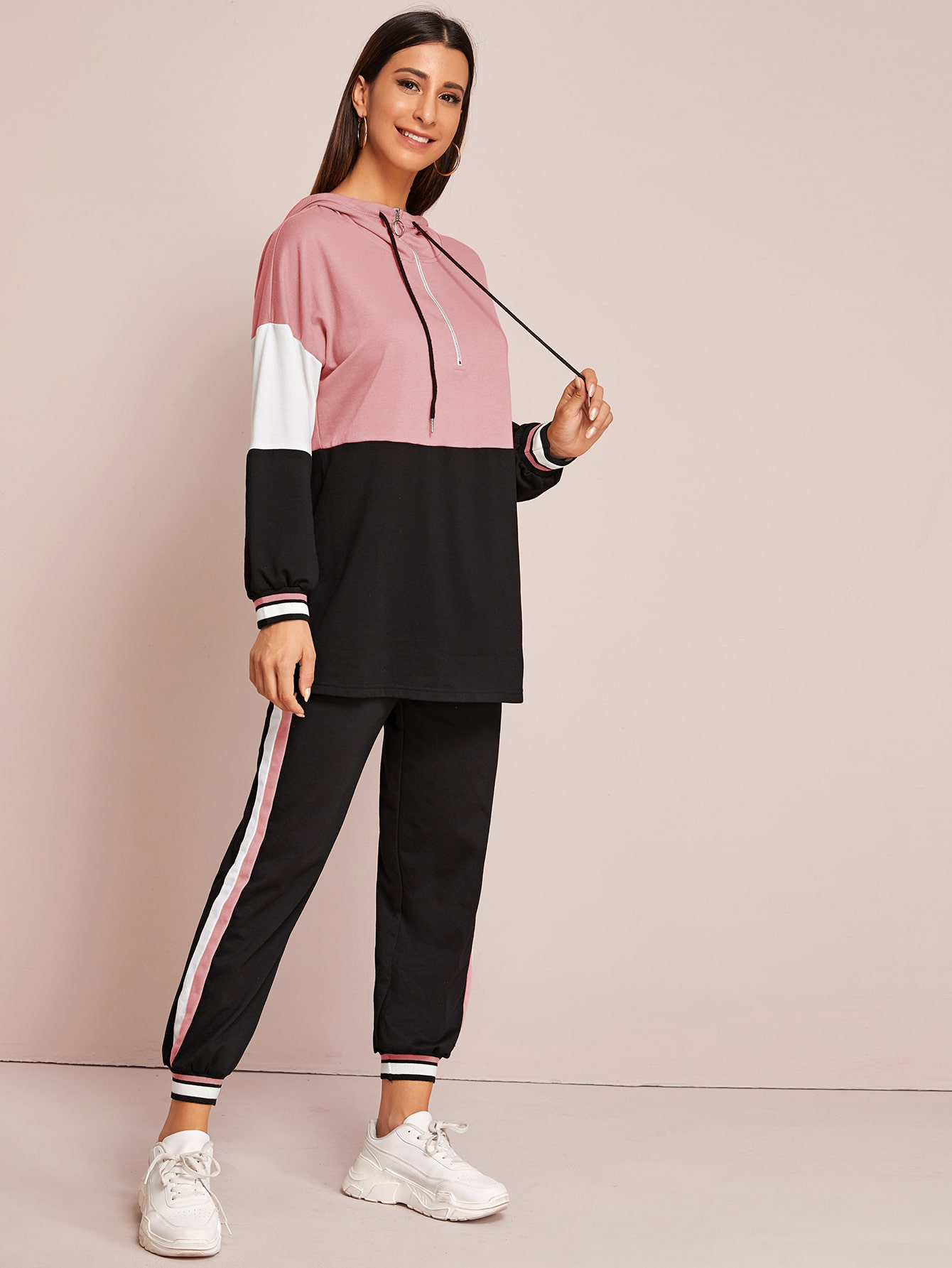 Colorblock Half Zipper Drawstring Hoodie & Joggers Set thumbnail