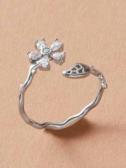 1pc Rhinestone Engraved Flower Shaped Ring