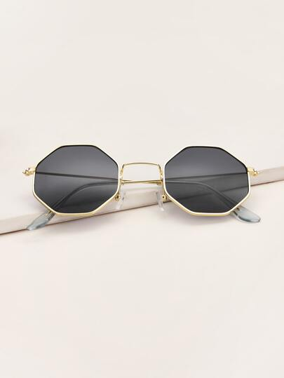 Geometric Frame Sunglasses With Case