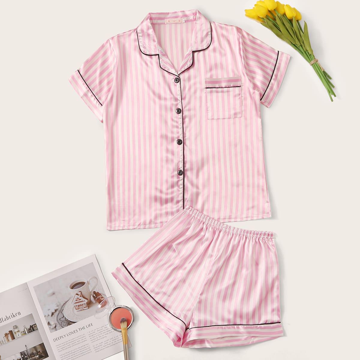 Полосатая атласная пижама с оригинальной отделкой