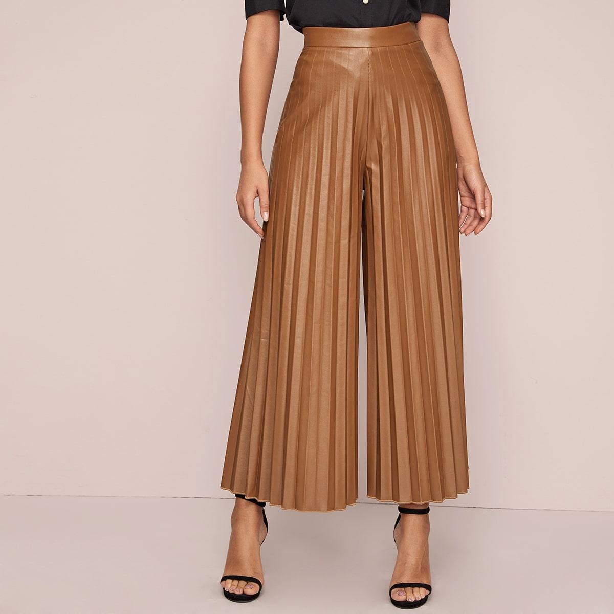 Широкие плиссированные брюки из искусственной кожи