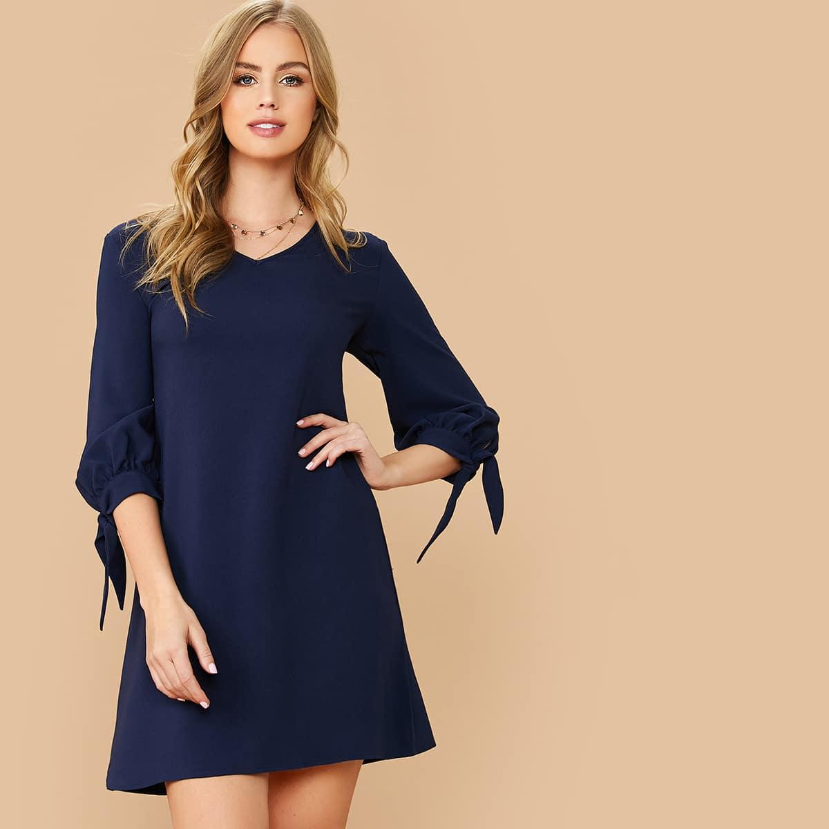 Tunika Kleid mit Knoten an Manschetten