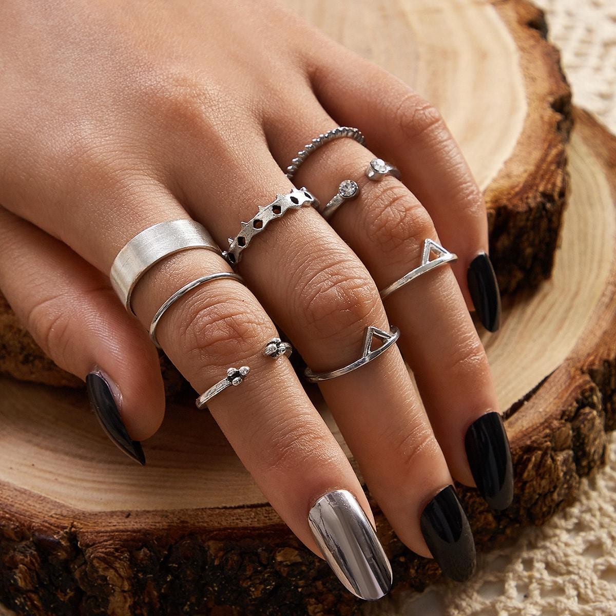 Ring mit geometrischem & Strass Dekor 8 Stücke