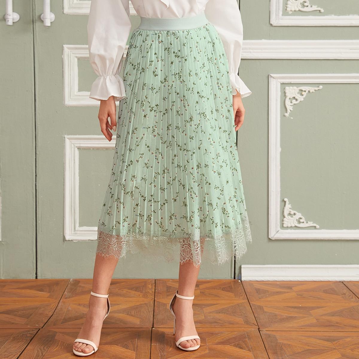 Плиссированная юбка с цветочным принтом и кружевным краем