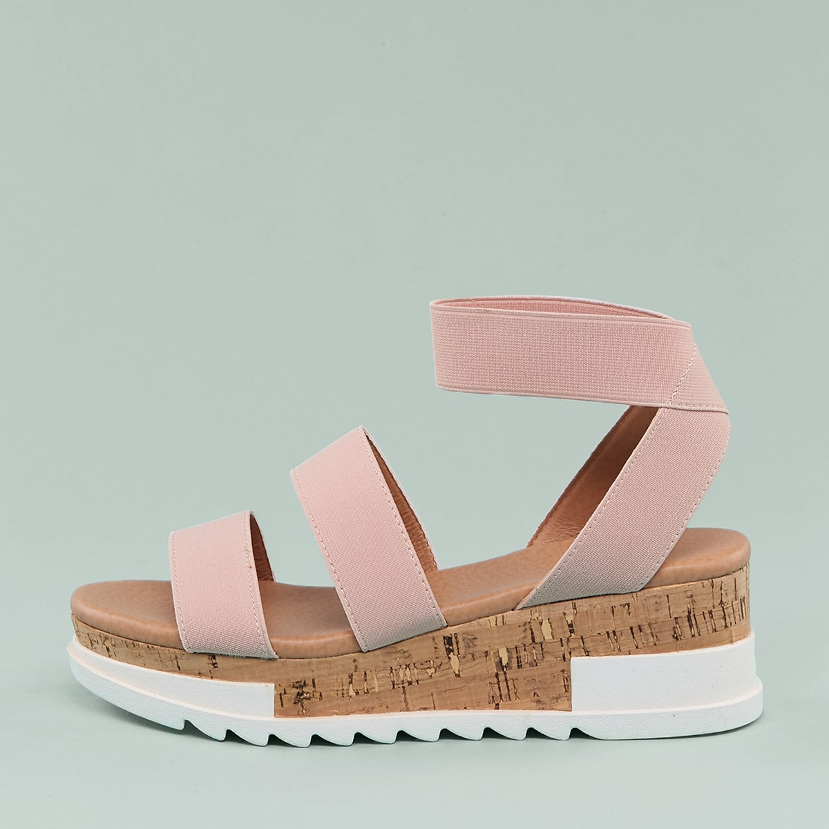 Модные эластичные сандалии по цене 1 445