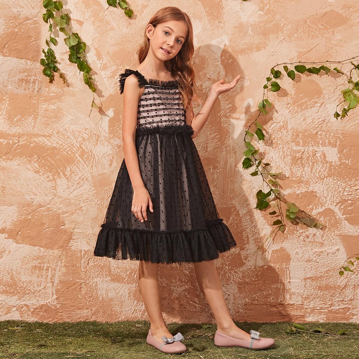 Расклешенное сетчатое платье с оборками для девочек