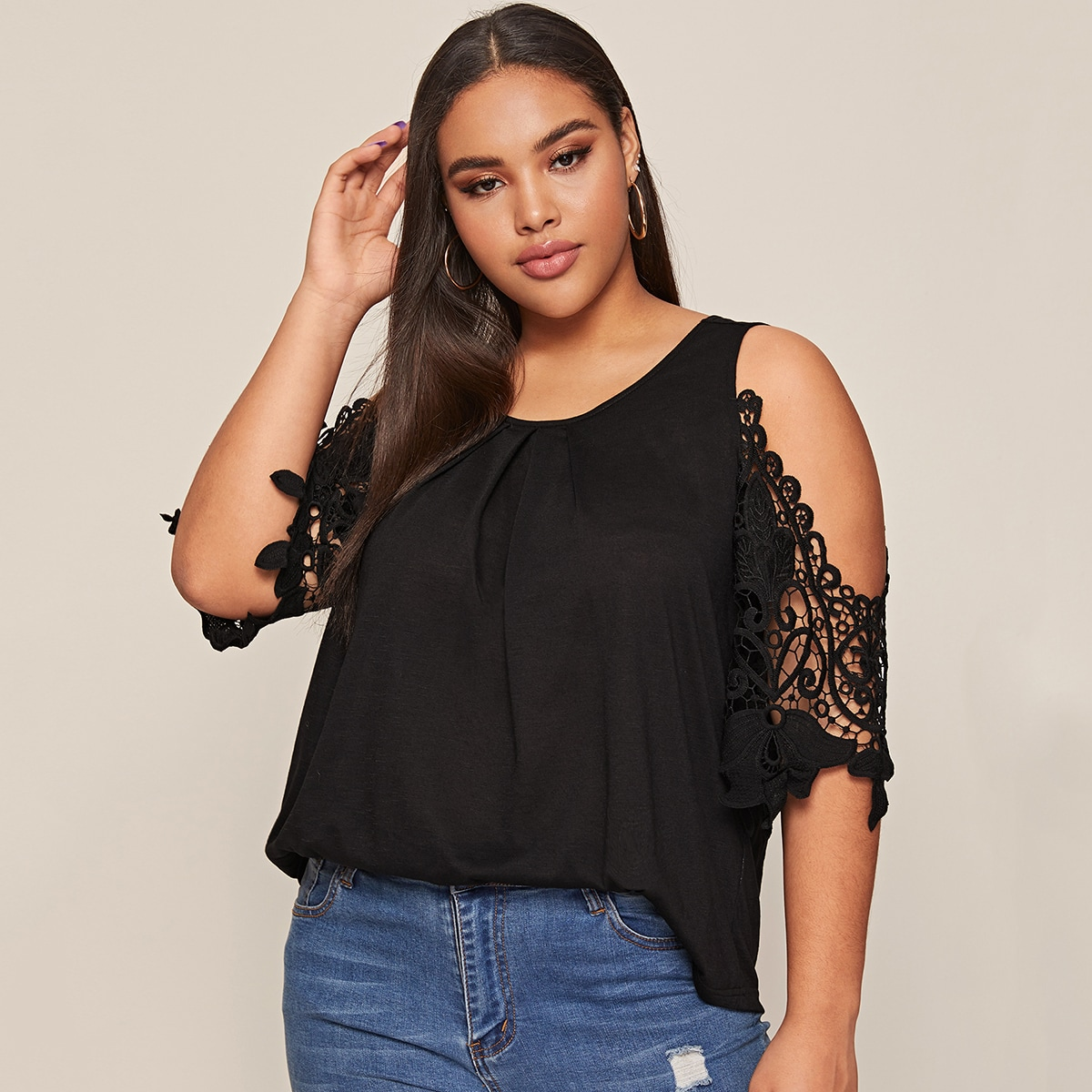 Plus Cold Shoulder Guipure Lace Sleeve Top