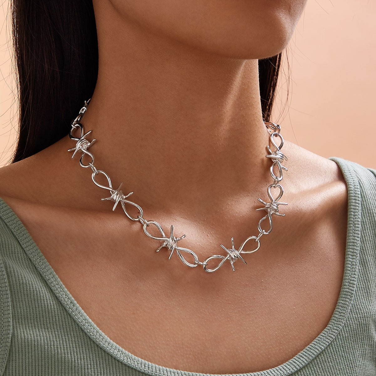 1pc Metallic Knot Decor Necklace