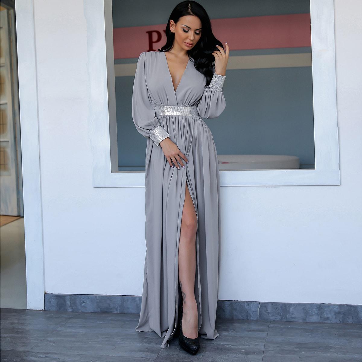 макси платье с глубоким вырезом и блестками