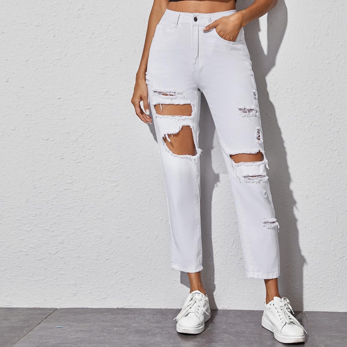 Рваные короткие джинсы без пояса