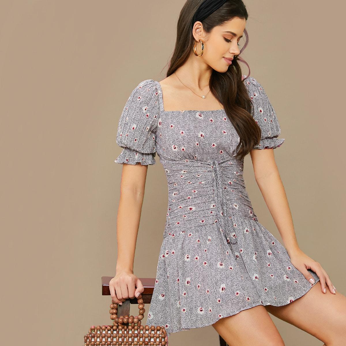 Цветочное платье на кулиске с пыным рукавом и далматинским узором