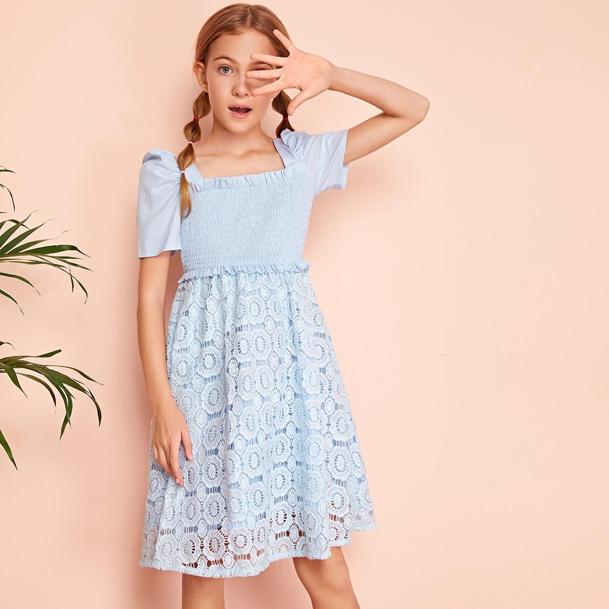 Кружевное платье с пышными рукавами для девочек