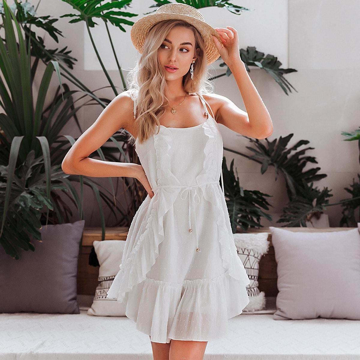 платье с поясом, оборками и ремешком