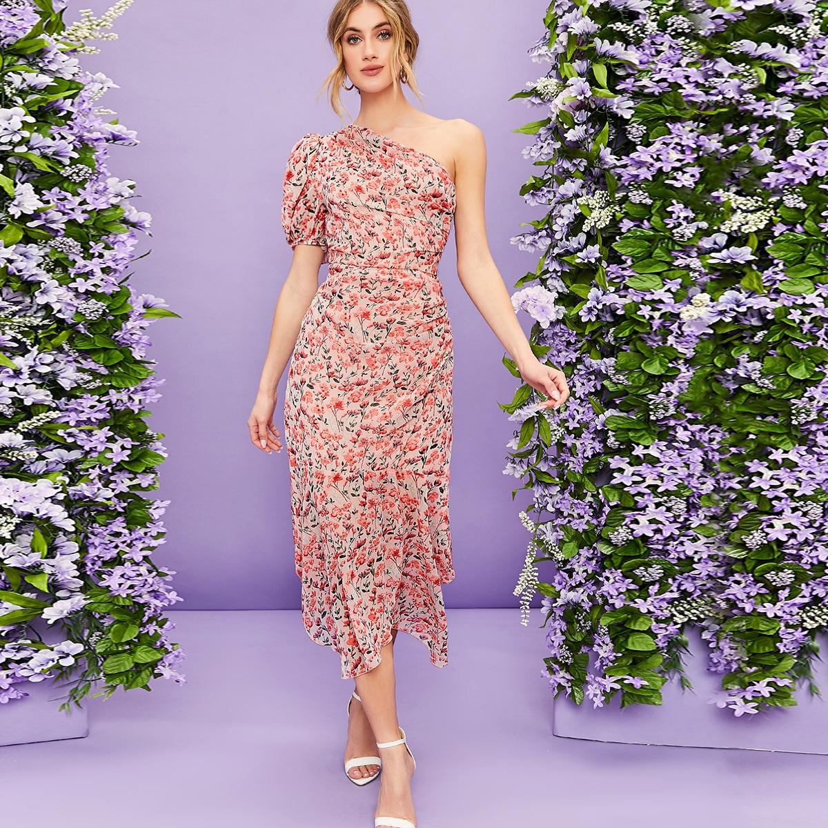 Цветочное платье на одно плечо с оборками
