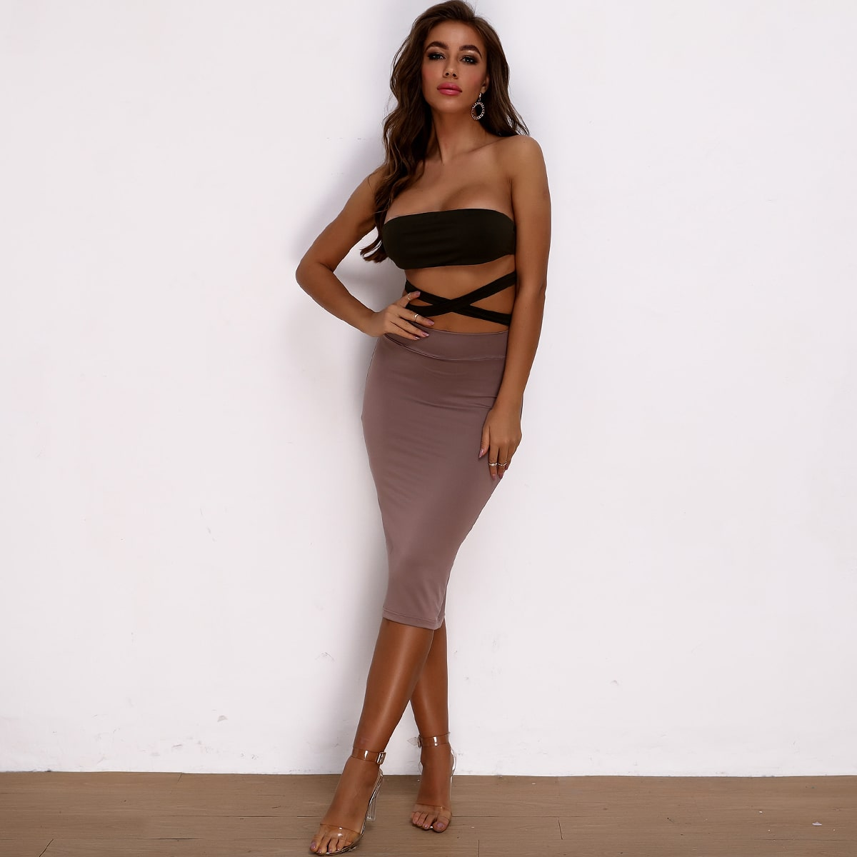 Backless Knotted Tube Top & Bodycon Skirt Set