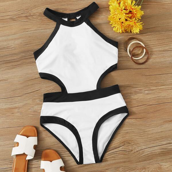Cut-out Side One Piece Swimsuit, White
