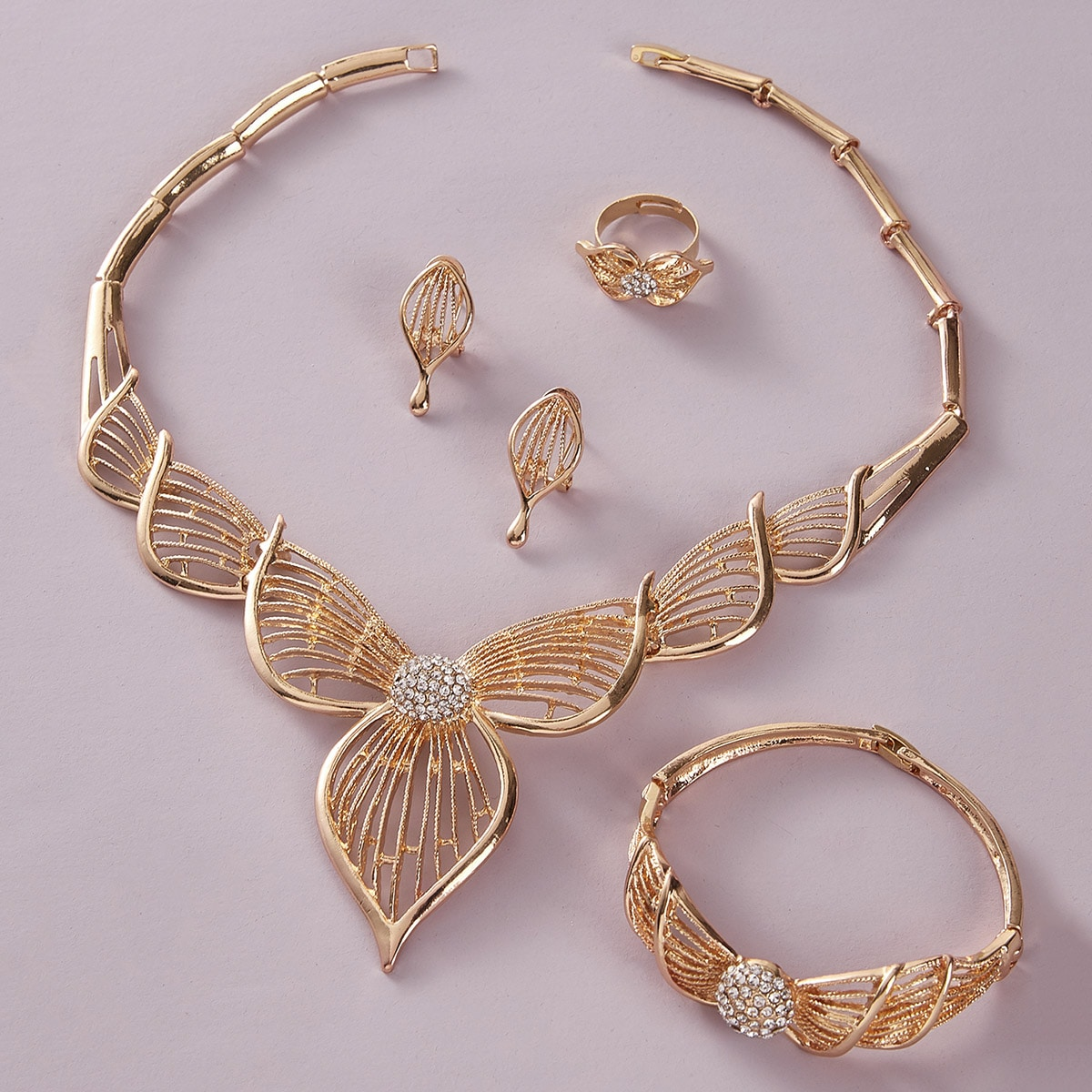 5 piezas set de joya con diseño de flor grabada con diamante de imitación