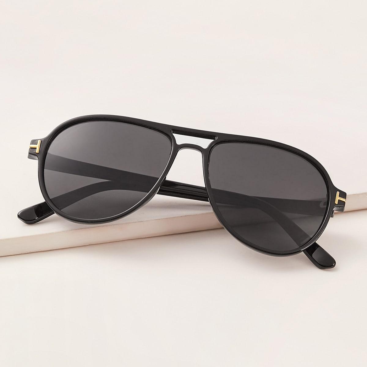 Солнечные очки-авиатор с футляром