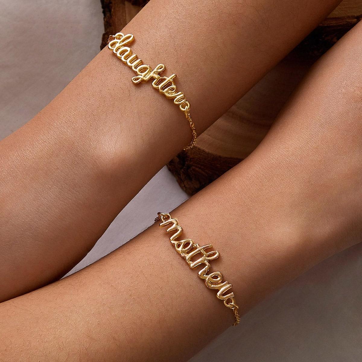 Katy Perry's Picks 2pcs Hollow Out Letter Decor Chain Bracelet