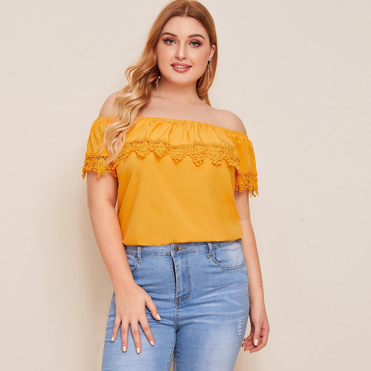 Große Größen – Schulterfreie Bluse mit Kontrast Spitze und Falten