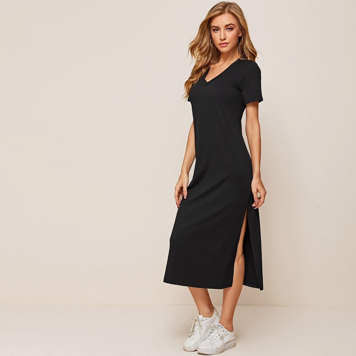Однотонное платье-футболка с разрезом