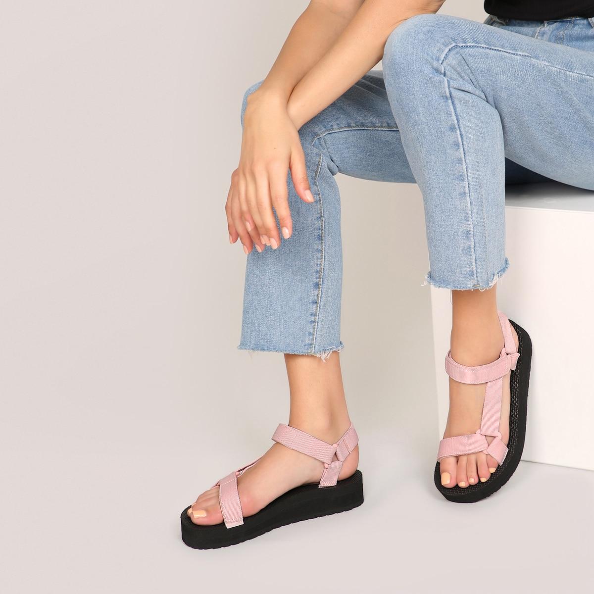 Сандалии на липучке с открытым носком по цене 926
