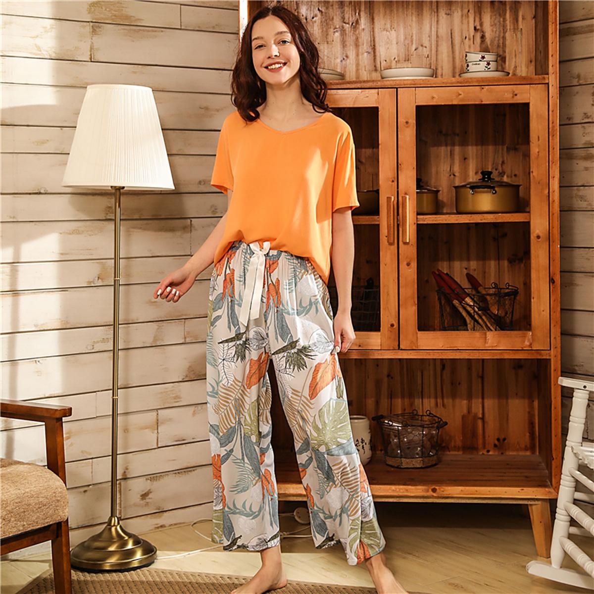 Пижама с тропическим принтом