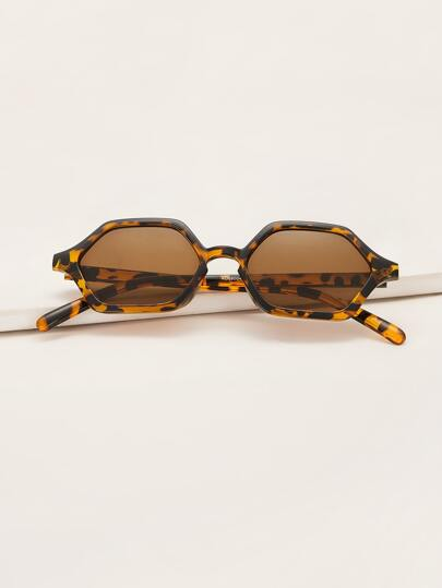 Tortoiseshell Hexagon Frame Sunglasses With Case
