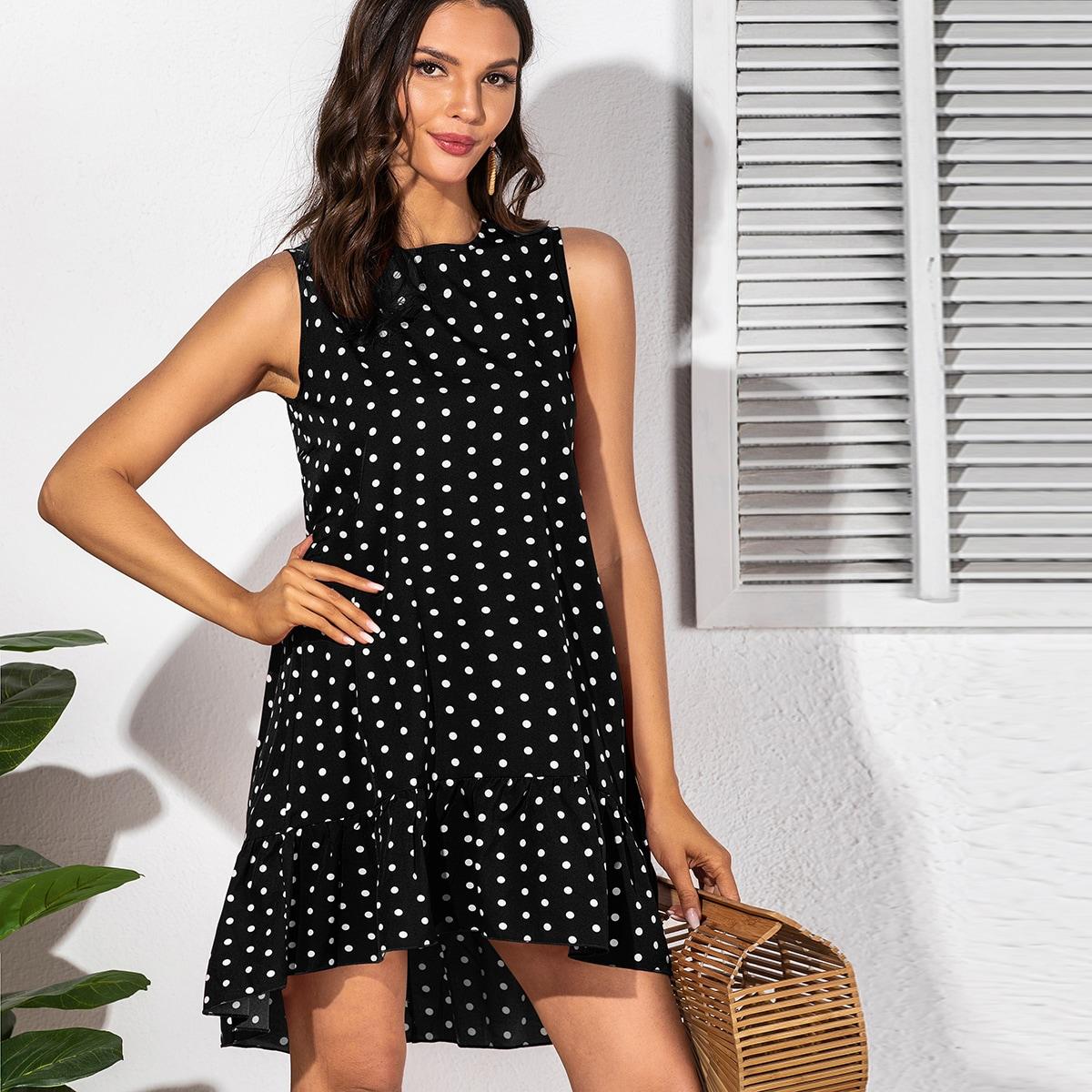 Асимметричное платье в горошек
