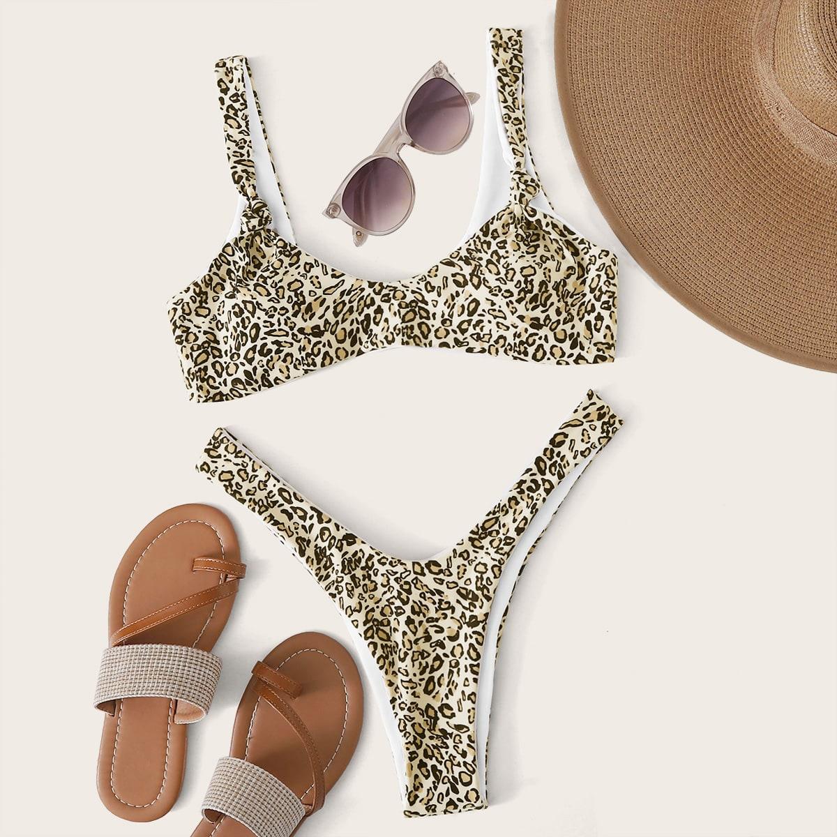 Bikini Set mit Leopard Muster und hohem Ausschnitt