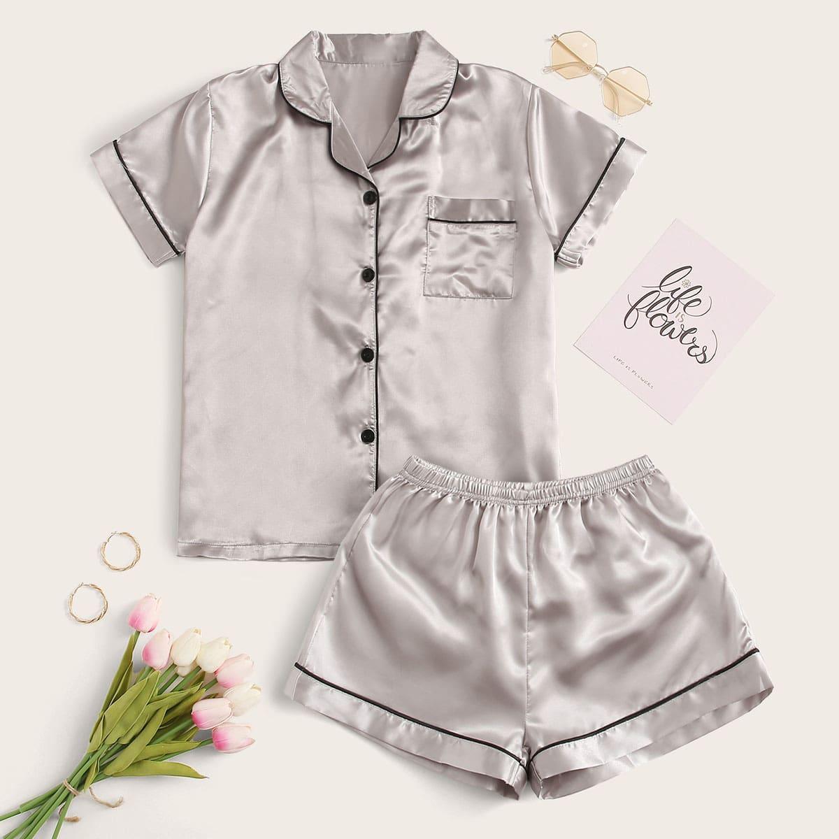 Атласная пижама с контрастной отделкой