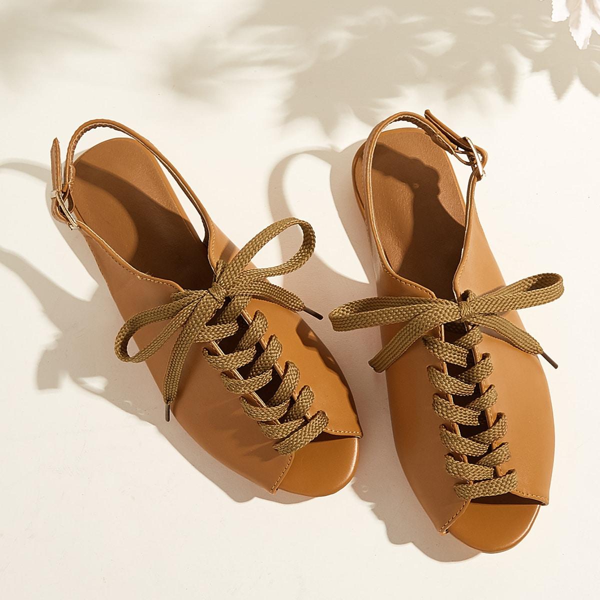 Сандалии с открытой пяткой и открытым носком на шнурках