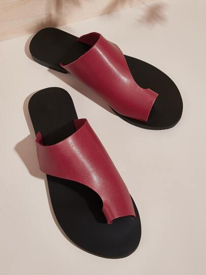 Toe Ring Cut Out Sliders