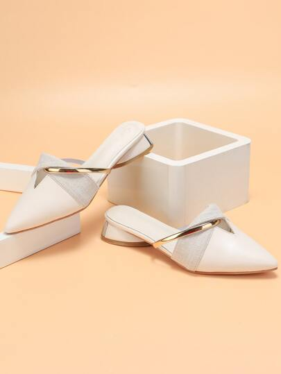 Point Toe Twist Flat Mules