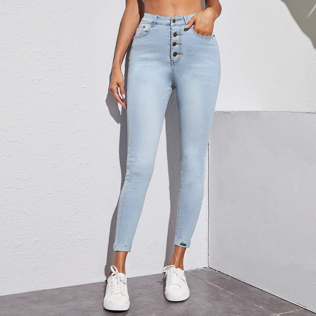 Однобортные короткие джинсы