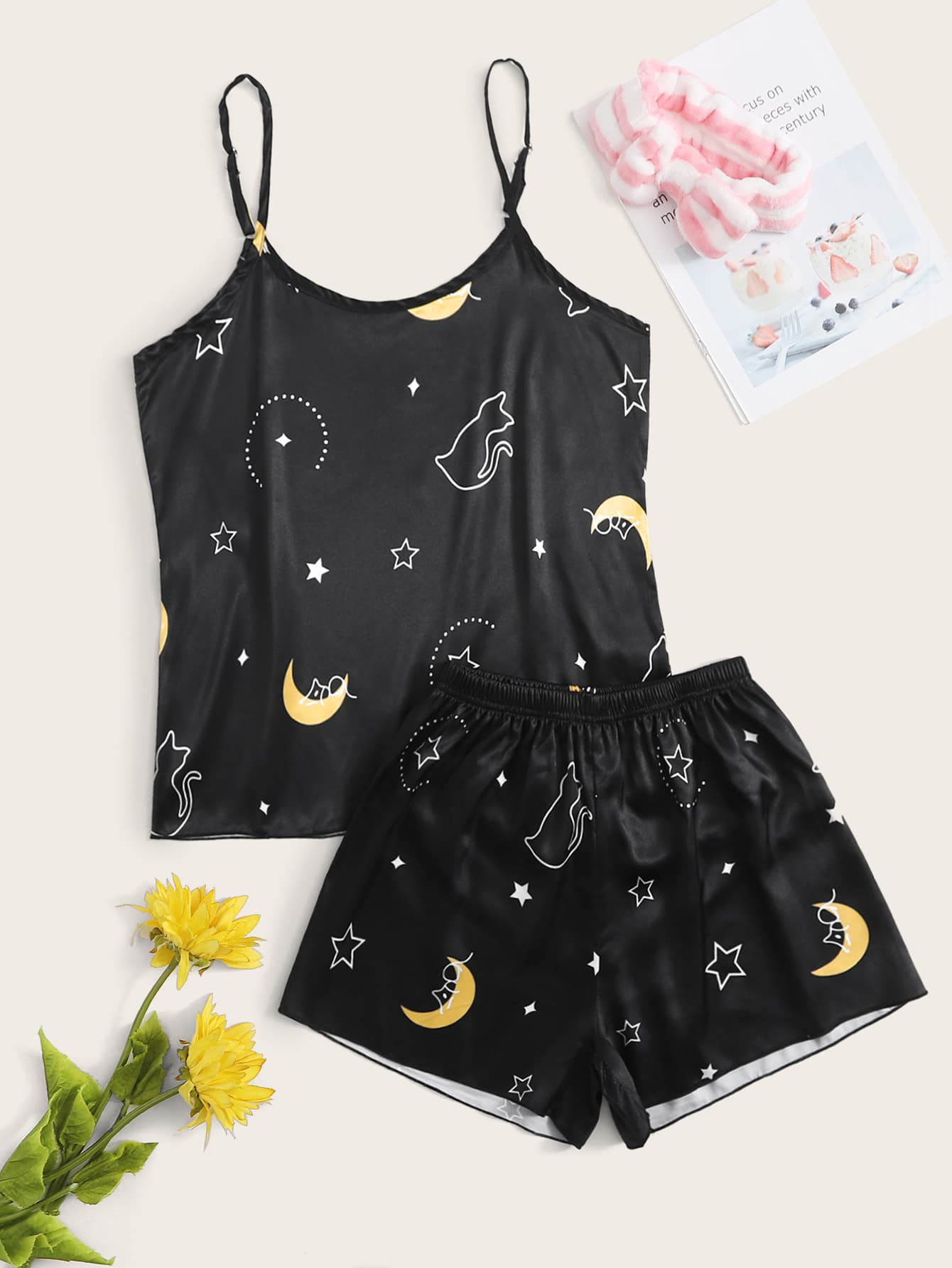 Cat And Moon Graphic Cami & Shorts PJ Set thumbnail