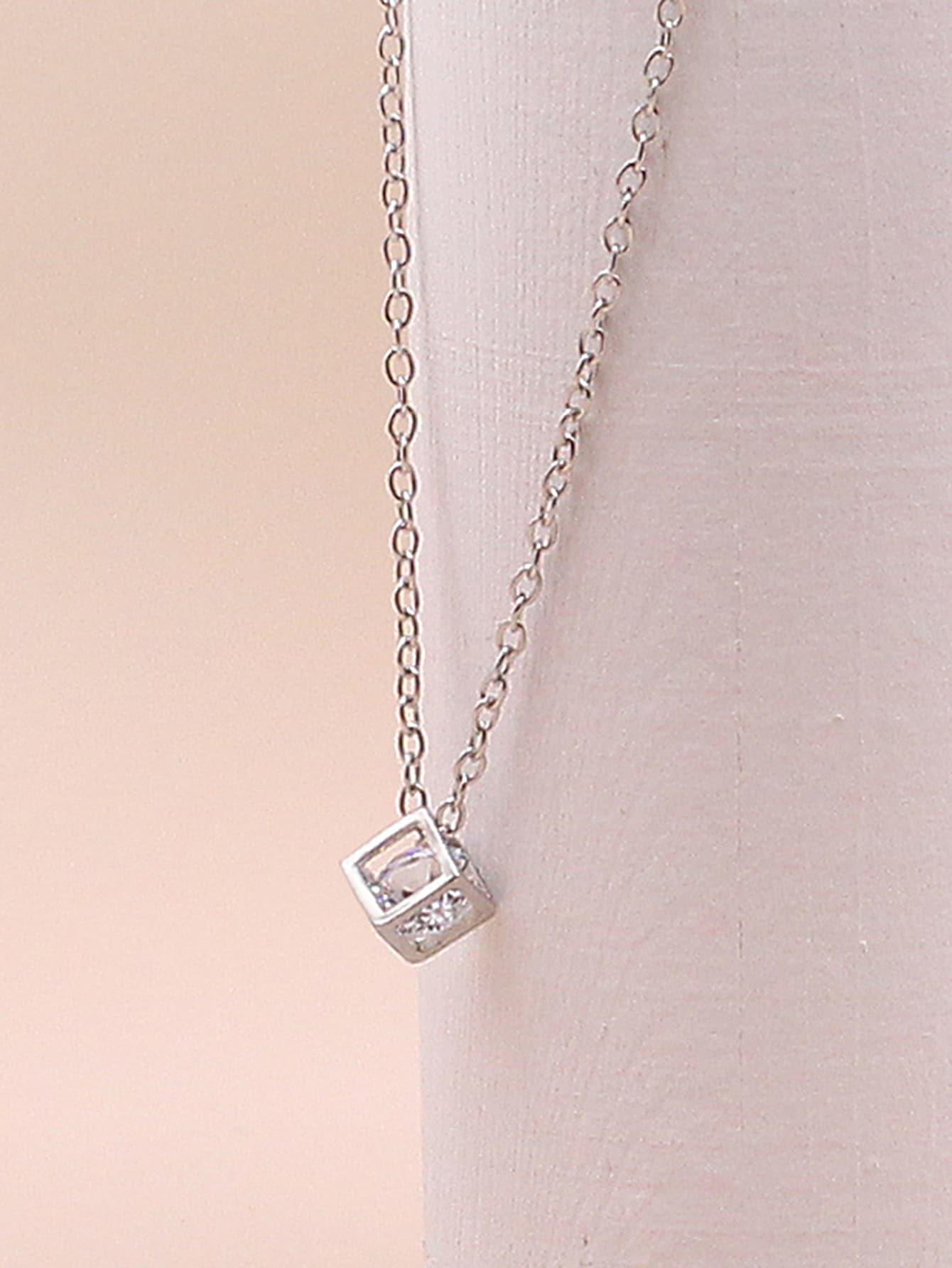 1pc Rhinestone Decor Geometric Charm Necklace thumbnail