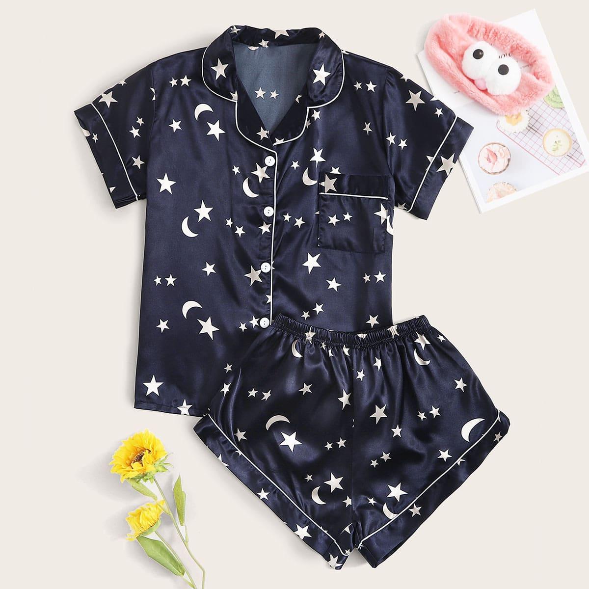 Атласная пижама с карманом и принтом