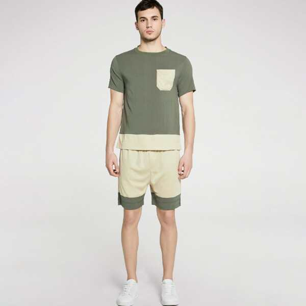 Men Pocket Detail Color Block Tee With Shorts, Multicolor