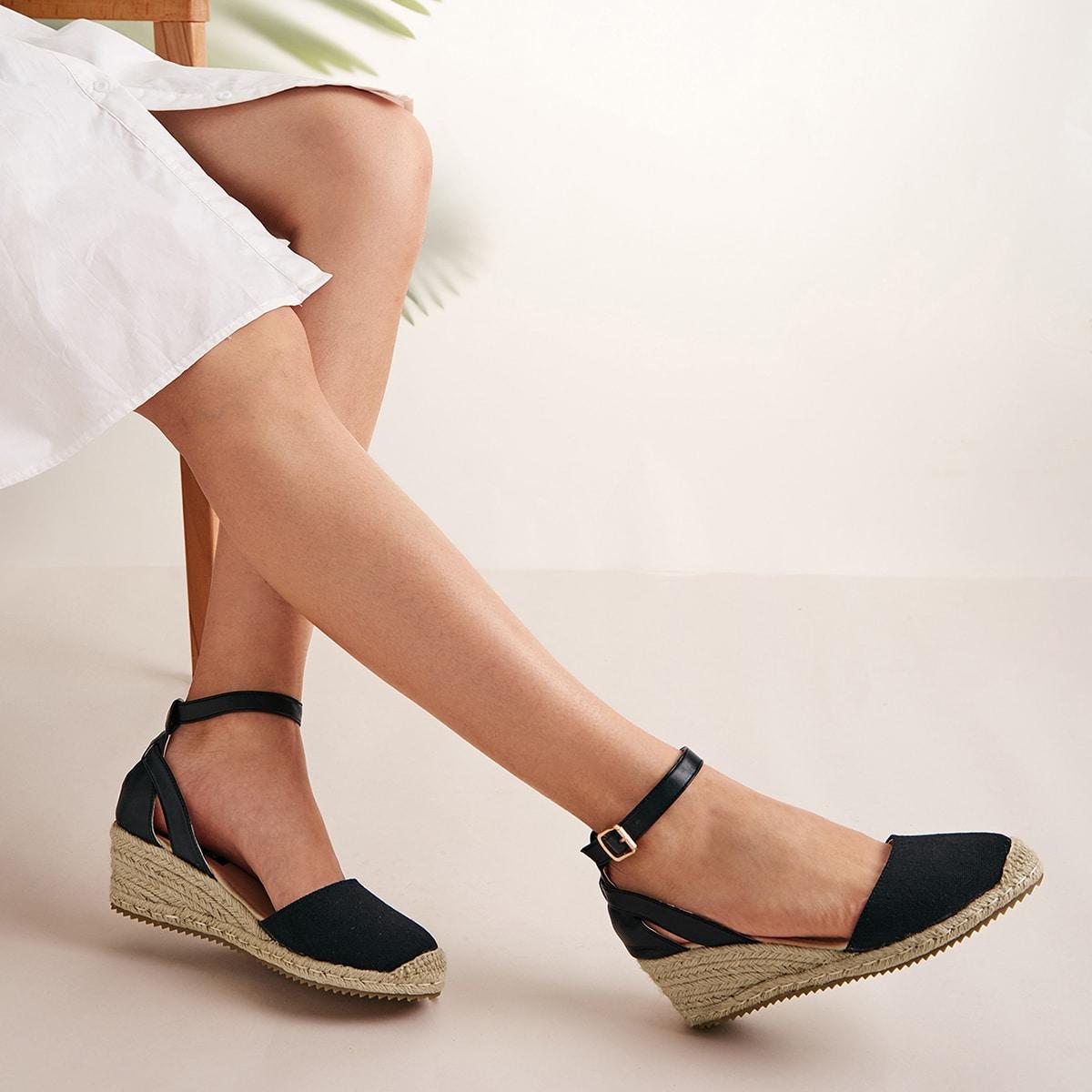 Туфли на конопляной платформе с ремешком и круглым носком